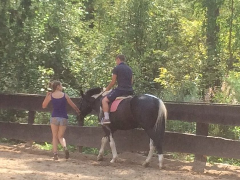 Катание на лошадях 2