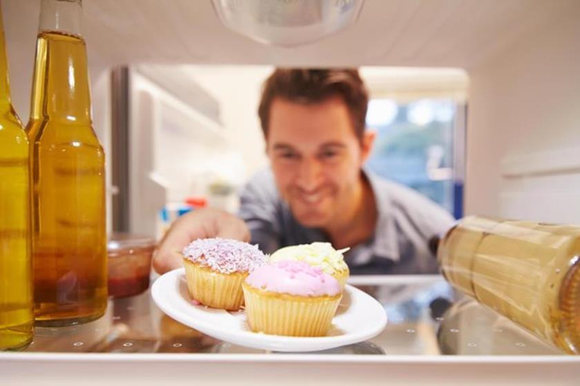 Почему наркоманы едят много сладкого?